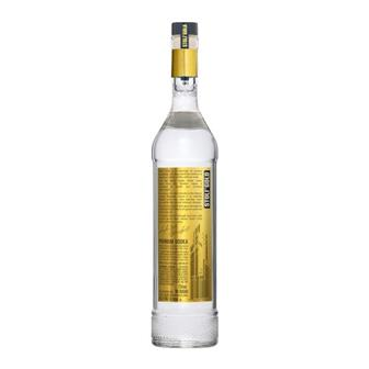 Stolichnaya Gold Vodka 40% 70cl thumbnail