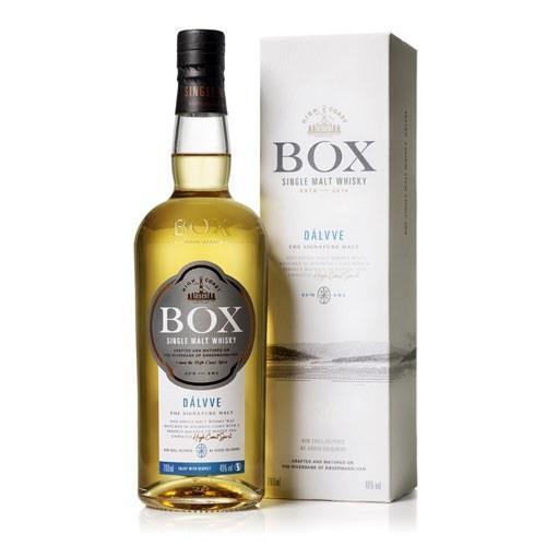Box Dalvve Single Malt Whisky 70cl Image 1