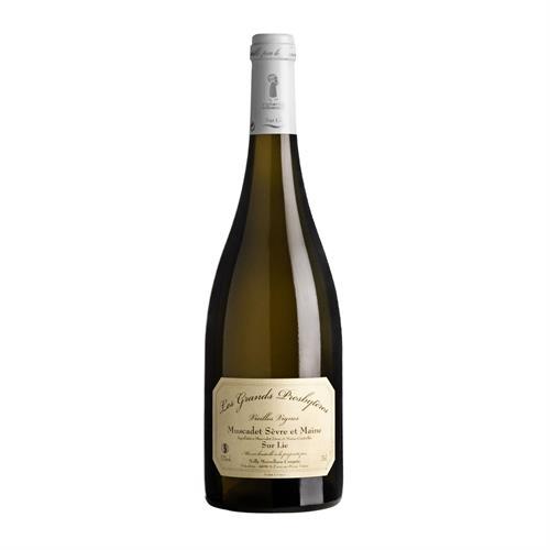 Domaine de la Combe Vieilles Vignes, Muscadet Svre & Maine Sur Lie 2018 75cl Image 1